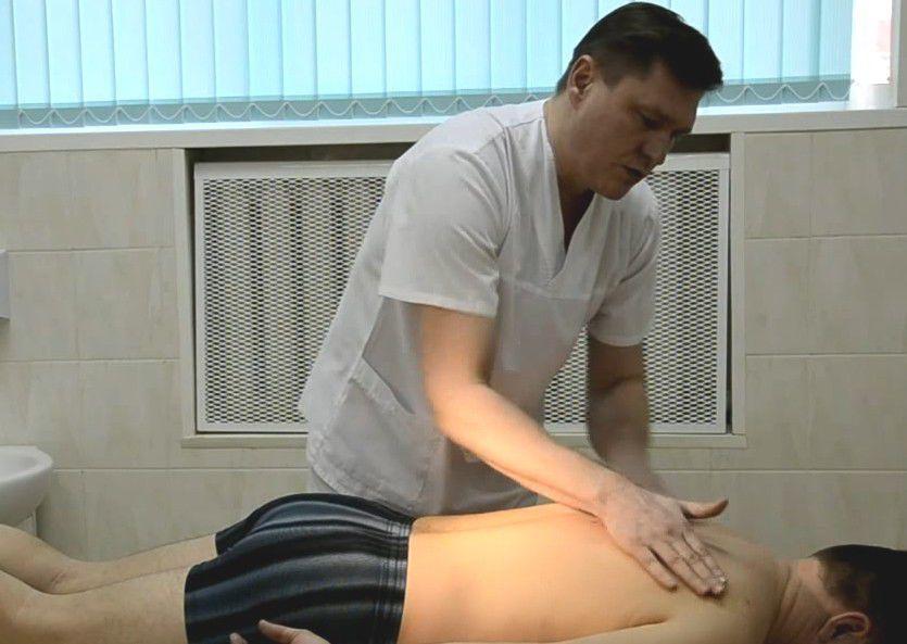 Показана мануальная терапия при грыжах позвоночника